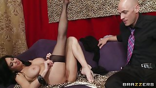 Hot brunette pornstar Veronica Avluv undresses her bra