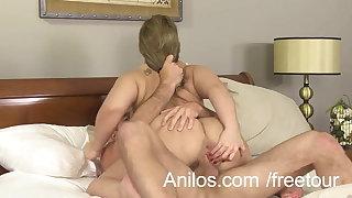 Big ass amateur milf gets a messy facial