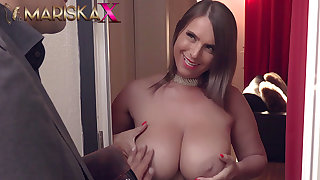 MARISKAX Off colour Susi uses her huge tits to her advantage