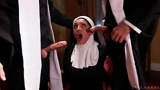 Hot nun pleases these men with dramatize expunge dirtiest threesome