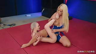 Cougar plays with petite slut in naughty cat exertion