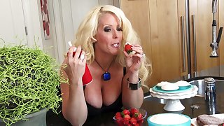 MILF Alura 'TNT' Jenson moans during sex here a younger follower groupie